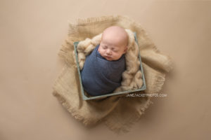 rustic newborn photos