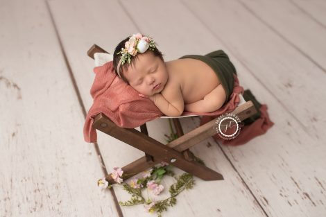 Newborn girl portraits